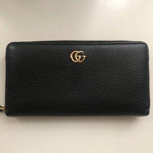 Gucci Petite Marmont Zip-Around Wallet